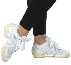 Кроссовки для танцев низкие